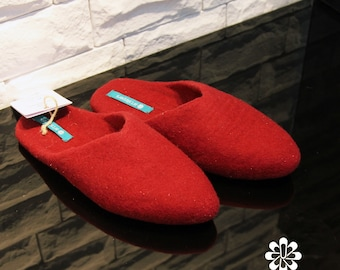 25e27159eafd0 Items similar to Women's Slippers Custom Made 100% Merino Wool ...
