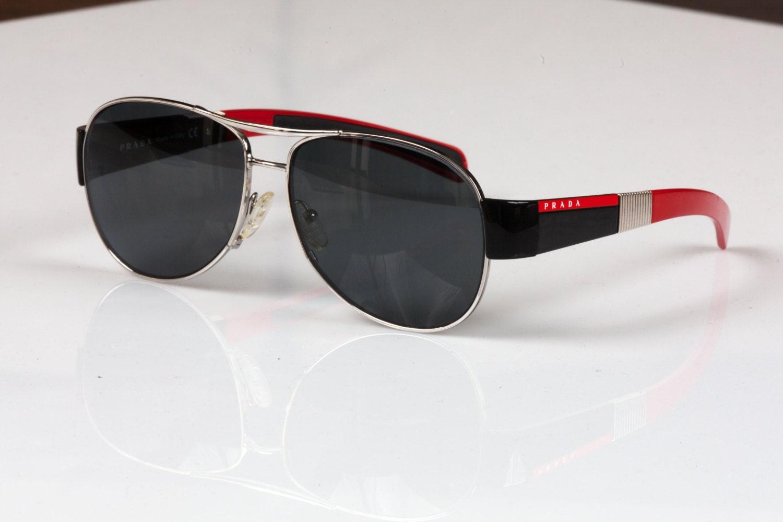 Prada Vintage polarizado gafas de sol de aviador SPS 56H
