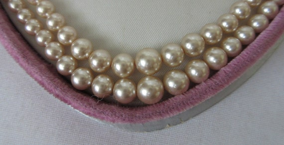 Vintage signed MARVELLA Faux Pearl Double Strand … - image 2