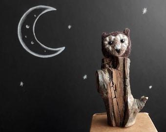 Miniature Owl/ Needle Felted Owl/ Tiny Felt Owl/ Tiny Brown Owl/ Owl Sculpture/ Cute Miniature Owl/ Needle Felt Animal/ Needle Felted Bird