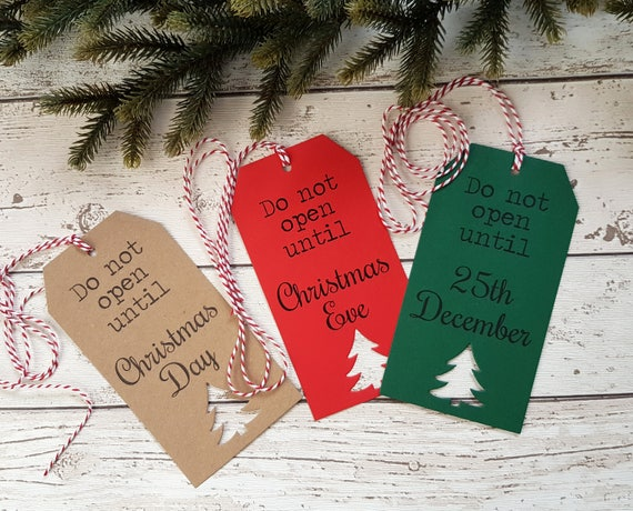 Personalised Christmas Eve Box Topper Heart Gift Tag Family Name Present Xmas