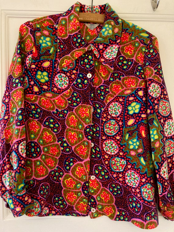 1970s psychedelic blouse