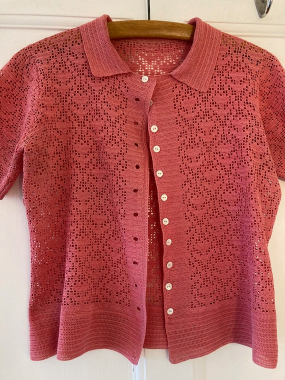 1930s salmon pink hand crocheted top