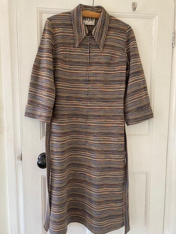 1970s jersey dagger collar dress