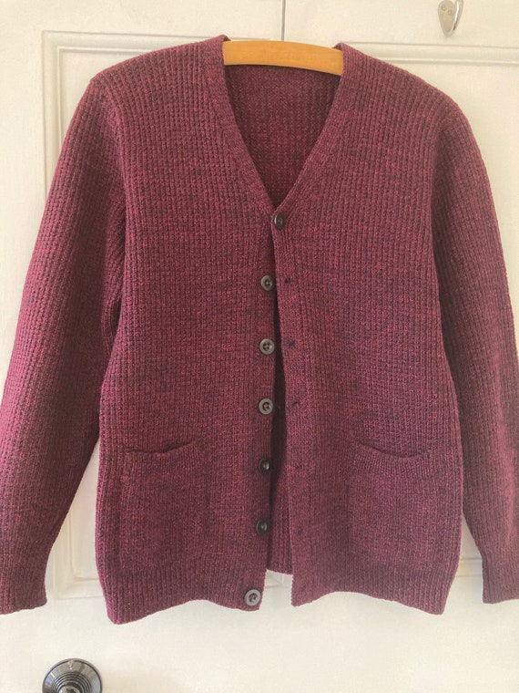 1940s hand knitted burgundy and black fleck wool c