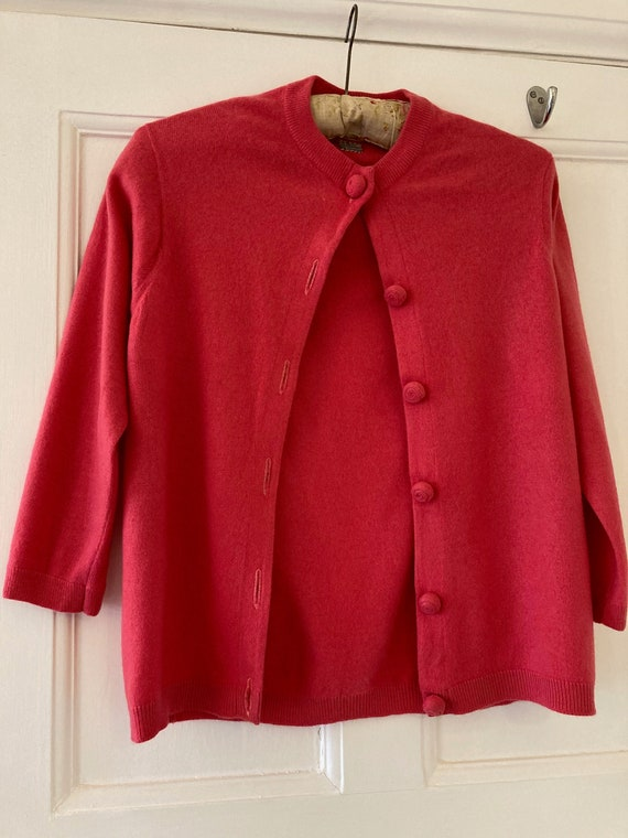 1950s Ballantyne fuchsia pink cashmere cardigan
