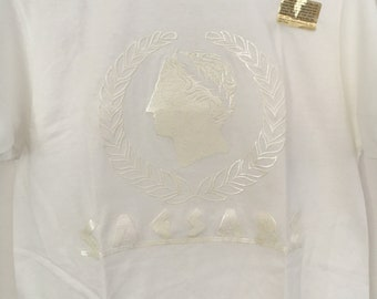 2aaf39ae6b48 Vintage Men s All-White Caesars Palace - Las Vegas - Graphic T-Shirt - Size  Medium - Adult
