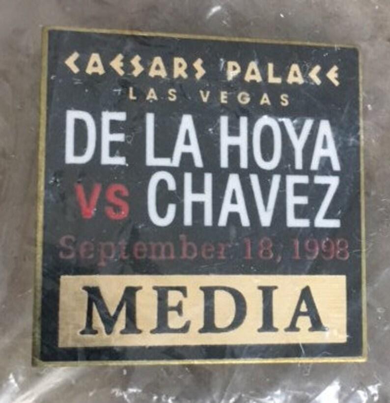 NEW Caesars Palace Las Vegas De La Hoya v Chavez Ultimate Revenge Official MediaPress Pin 1998
