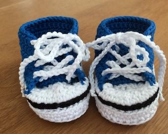 Crochet Baby Chuck Taylors