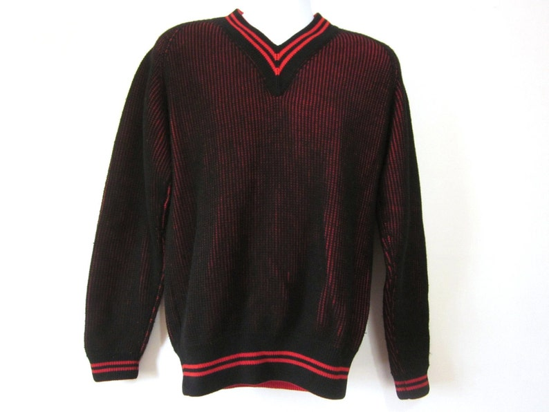 d3eb510e6f Vintage Abercrombie Fitch Mens Sweater Black Red V Neck Retro