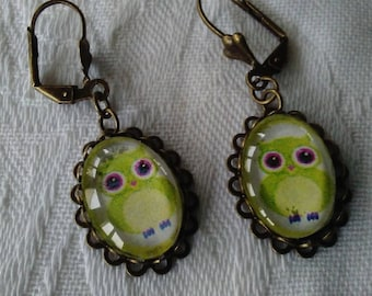 bronze earrings glass cabochon, retro style, cute little owls earrings, green