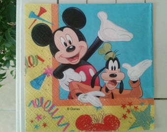 set of 2 mickey and minnie paper napkins