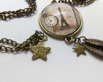 glass cabochon Paris and Eiffel Tower vintage necklace