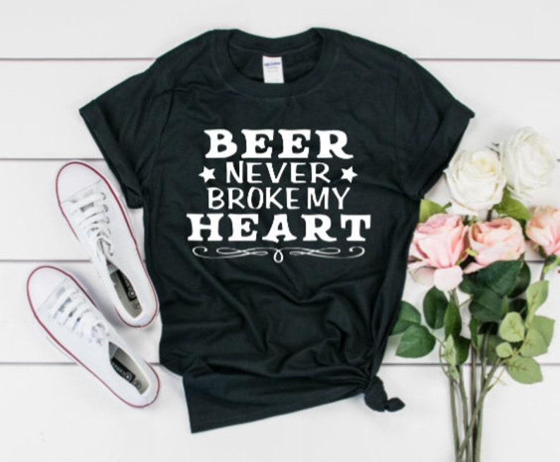 e9403544b387 Beer never broke my heart/Luke Combs shirt/beautiful crazy | Etsy