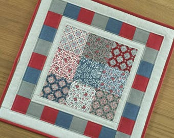 Square table topper, contemporary quilted table topper, modern fabric table runner, table centrepiece, housewarming gift, wall hanging