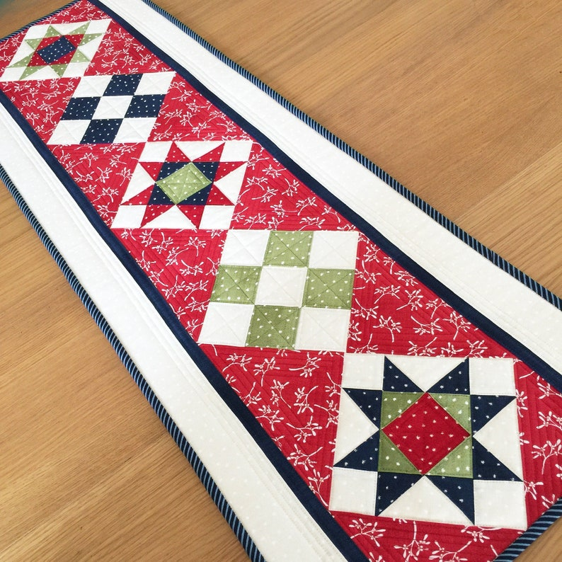 Christmas Table Runner Quilted.Christmas Table Runner Quilted Holiday Table Quilt Winter Long Table Topper Quilted Wall Hanging Red Sideboard Runner