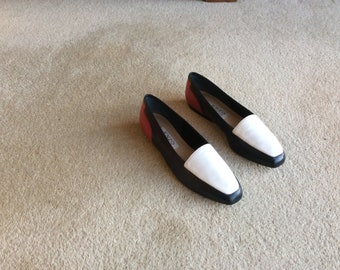 Ladies, Vintage, Enzo Angolini, red, white & blue, leather soled slippers / shoes (US 7M / U.K. 4.5 / Eur. 37.5