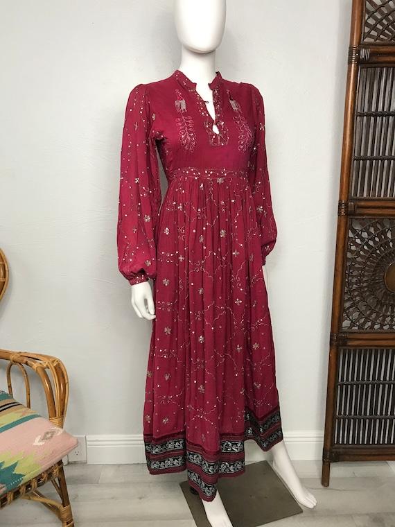 Vtg 70s Indian cotton gauze sequin peacock XXS dre
