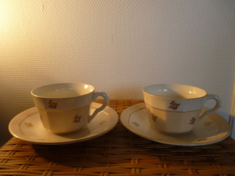 Cups and saucers Moulin des Loups