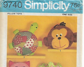 Stuffed Animal Pattern Simplicity 9740 Turtle Monkey Cat Owl Elephant Frog Pillow Cover Pajama Bag With Zipper Unused 1971