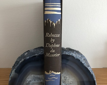 Rebecca by Daphne du Maurier 1990's Illustrated Hardback Book...published by The Folio Society in