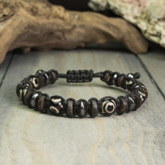 Beautiful Men's Bracelet/Men - 8mm pearls natural stone Agate Dzi with 3-eyed Tibetan style Hematite Made in France