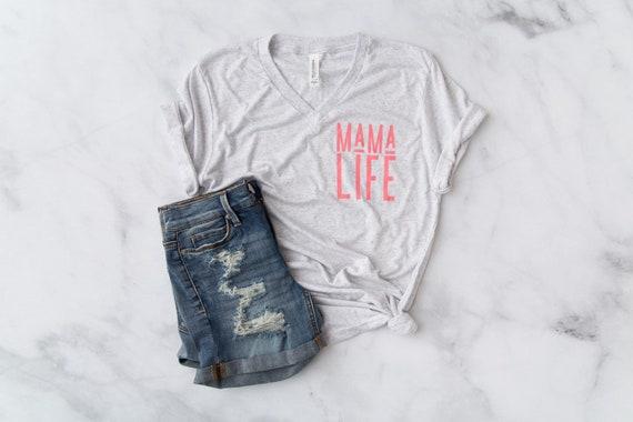 MAMA LIFE // White Fleck V-Neck + Pink Ink