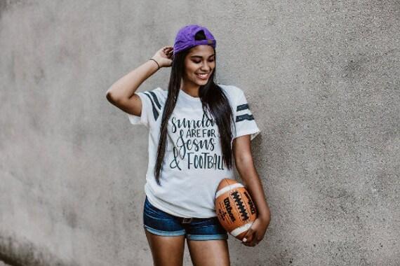 Sunday, Jesus + Football // Stripe Sleeve