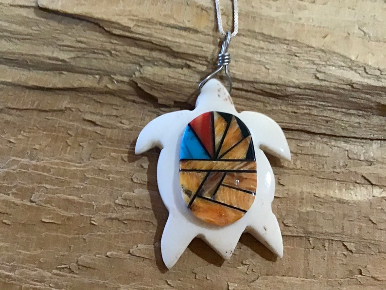 Vintage Native America Indian Jewelry Turquoise Spiny Oyster Sterling Silver Turtle Necklace Southwestern Jewelry Zuni Native American