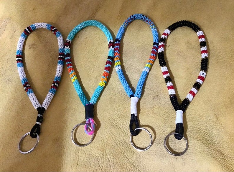 Authentic Native American Indian Jewelry Native America Navajo Peyote Stitch Wrapped Fully Beaded Southwestern Keychain Lanyard wristlets