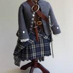 "Dollhouse miniature, costume on tailer's dummy, Scots men ""Outlander"",scale 1 : 12, KO/19 04"