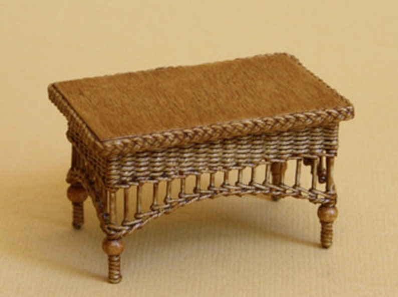 Dollhouse miniature Wicker table scale 1 : 12 WC/13 18 image 0