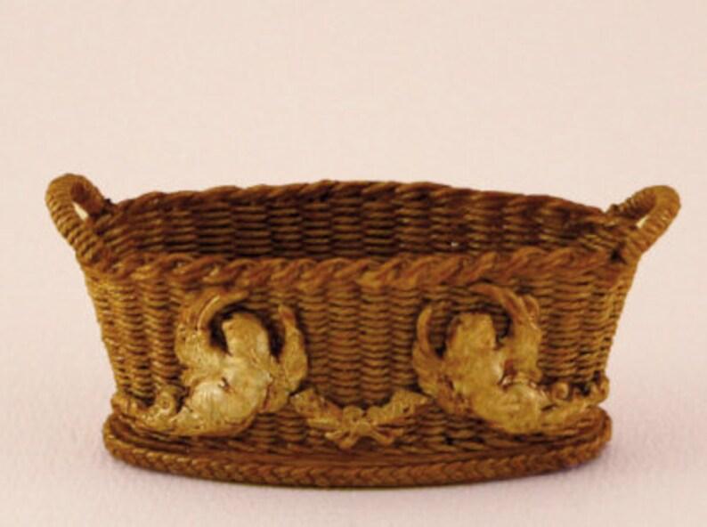 Dollhouse miniature Wicker basket scale 1 : 12 WC/15 05 image 0