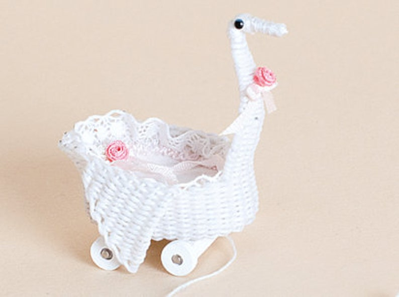 Dollhouse miniature Wicker swan pull about scale 1 : 12 image 0