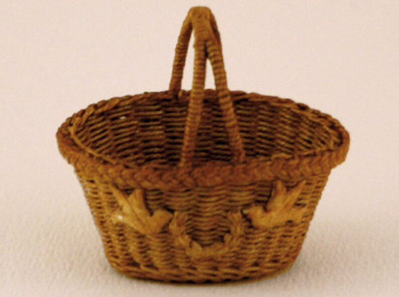 Dollhouse miniature Wicker basket scale 1 : 12 WC/15 08 image 0