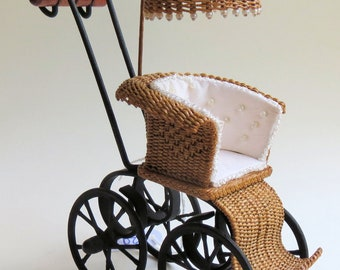 Dollhouse, miniature, Wicker child carriage with chair, scale 1 : 12, WC/18 12