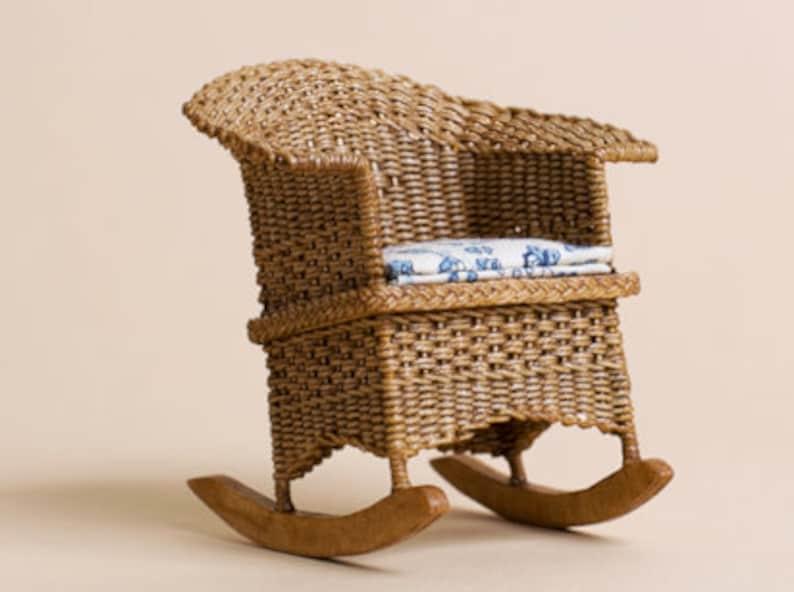 Dollhouse miniature Wicker rocker check pattern scale 1 : image 0