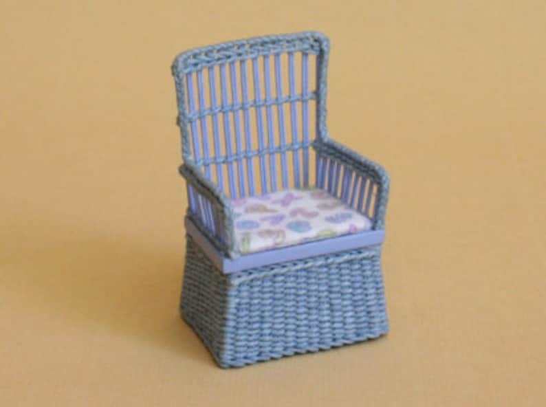 Dollhouse miniature Wicker little chair for boy scale 1 : image 0