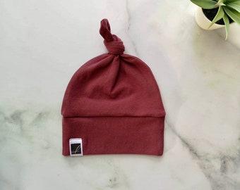 Bonnet pour bébé   tuques à nœud   cadeau enfant   unisexe   aubergine 089c686e1b7