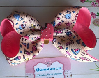 Summer beach bow