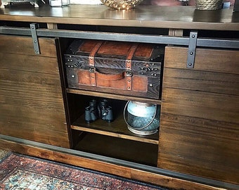 BEAUTIFUL Wooden Rustic Dresser/Farmhouse Dresser/Rustic Furniture Dresser/  Bedroom Dresser /Buffet/ Baby Changing Table/Credenza