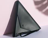 Triangle Clutch Nero