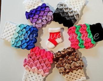 Crochet Dragon scale wrist warmers gloves