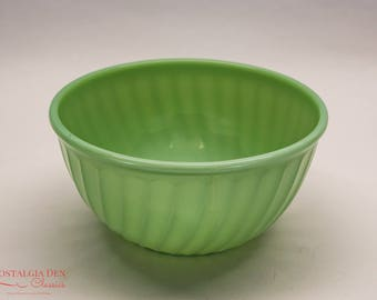 Vintage Fire King | Swirl Jade-Ite Shell | 9'' Mixing Bowl | Retro Kitchenware