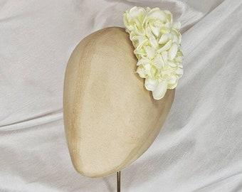 White hair flower clip/Handmade in the UK/ hydrangea hair flower/Pin Up Curl/medium hair flower/vintage hair flower/white corsage
