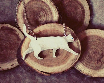 Cat jewelry, cat necklace, cat pendant, white cat, white cat necklace, cat gift, wooden cat necklace, cat painting, cat art, white cat gift