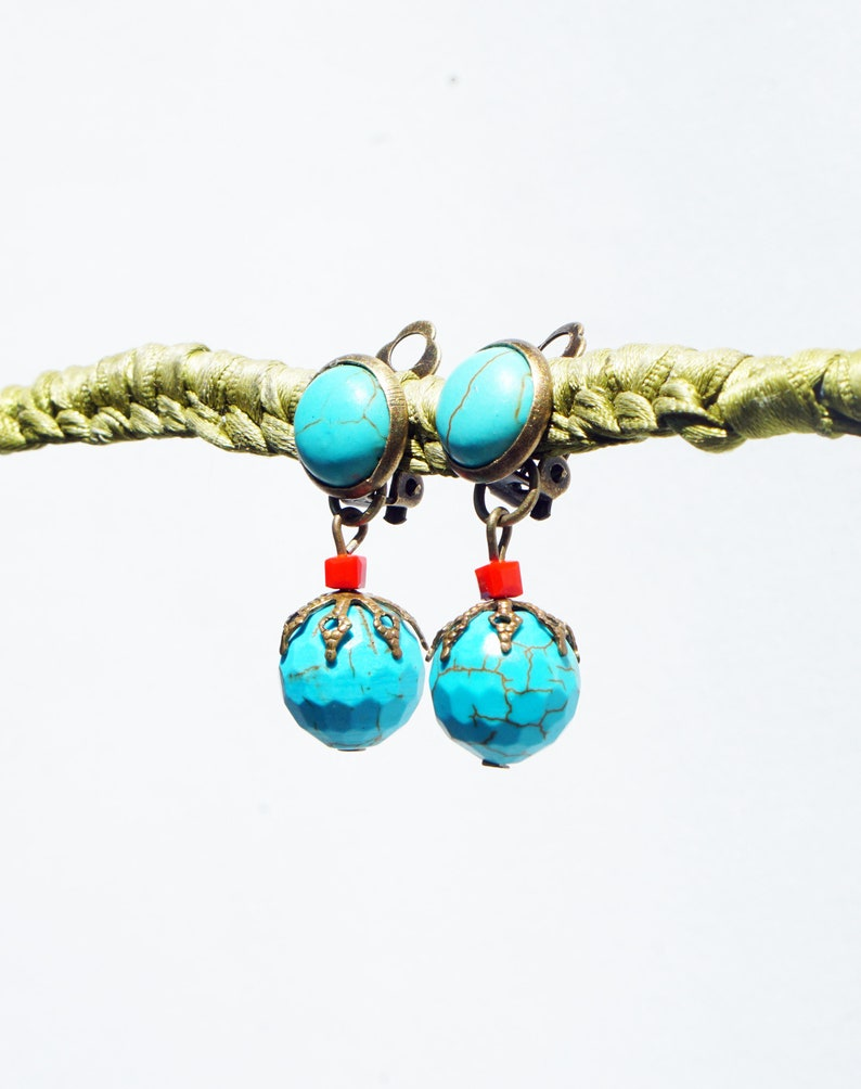 CLIP on Earrings Clips Howlite Turquoise Cristal rouge /& bronze Howlite Turquoise gem designer French creation handmade nickel free