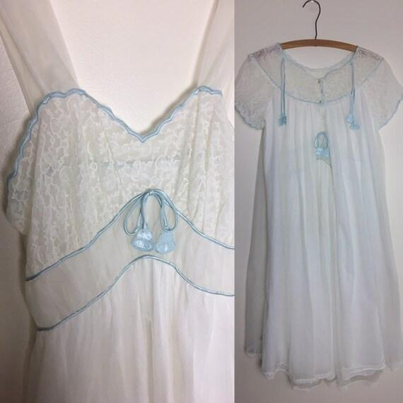 vintage Radcliffe bridal peignoir