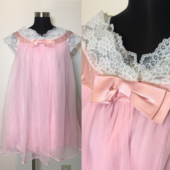 Vintage lace Radcliffe lingerie peignoir set