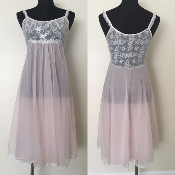 Vintage Vanity Fair // 1950s chiffon nightgown